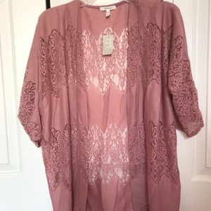 NWT Maurices lacy pink kimono size small